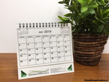 Custom printed tent desk calendars with flip sheets.